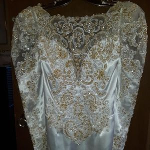 Exquisite Gold and White Wedding Gown